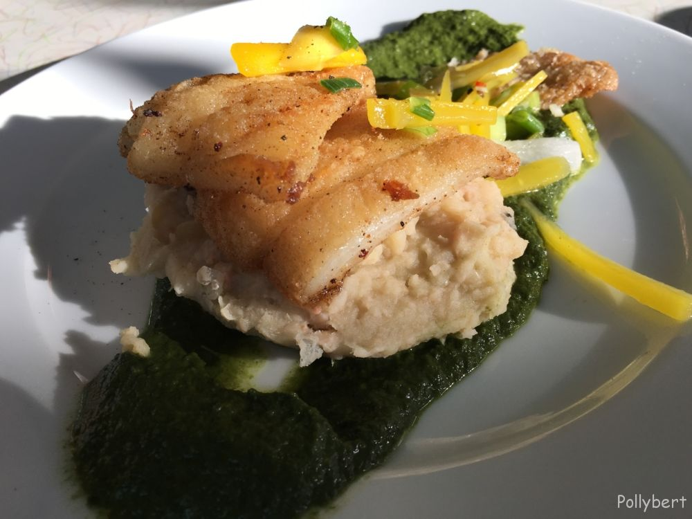 pike-perch with mashed beans and creamy spinach with Thai basil