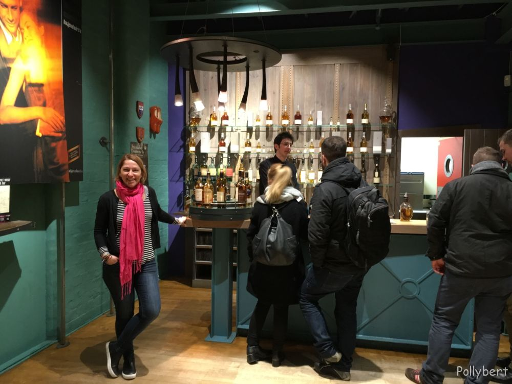 Whisky tasting at Glenkinchie distillery @Edinburgh, Scotland