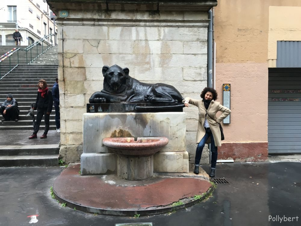 stairs with lion @Lyon