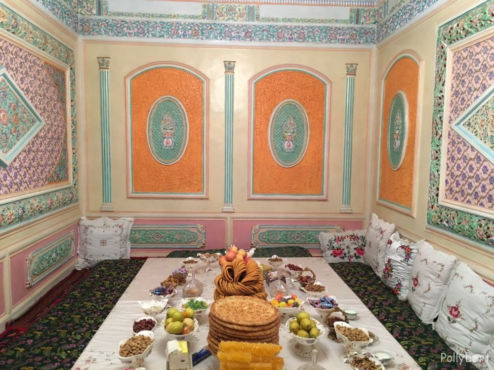 family dinner in Kashgar
