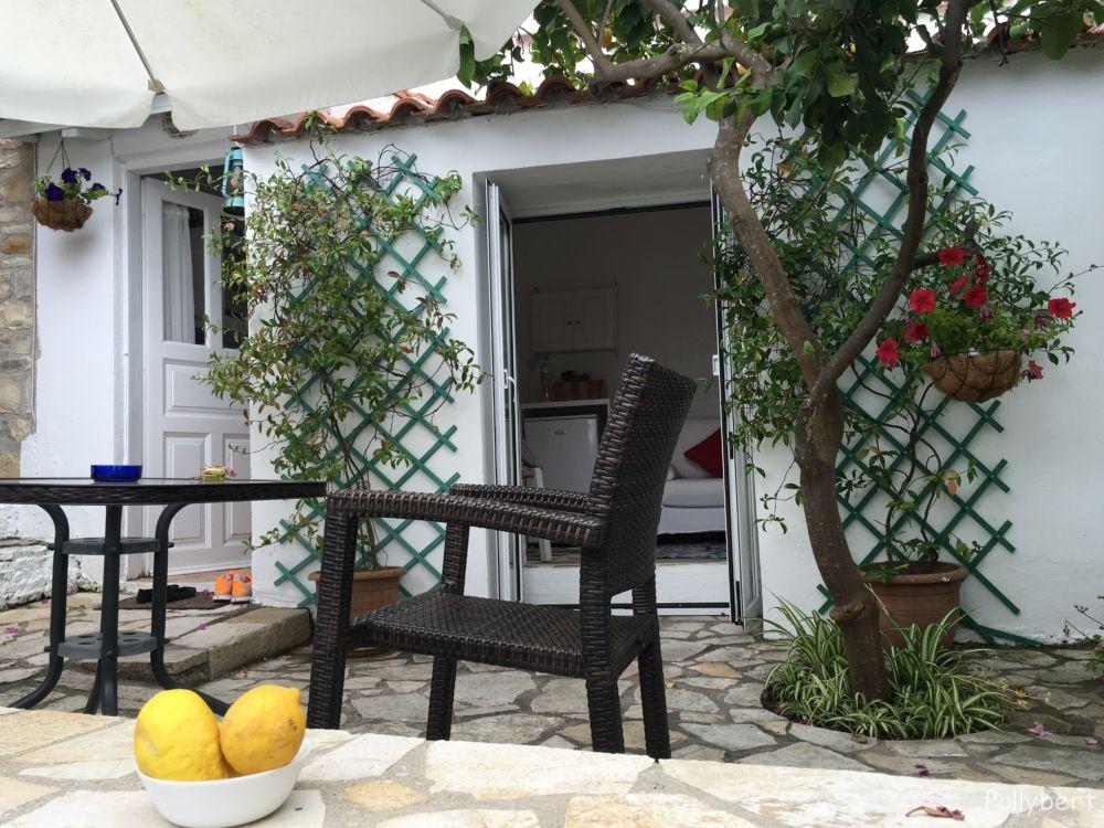 Pithari Cottage @Paxos